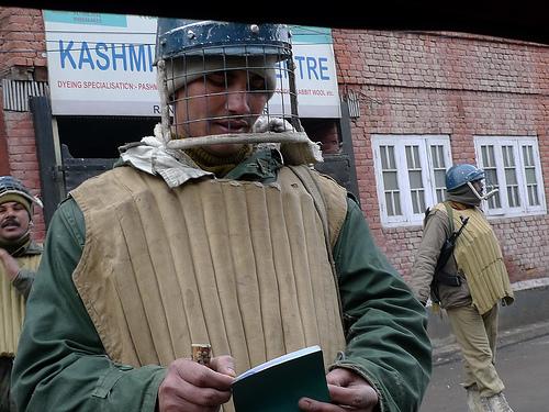Arguing About Kashmir